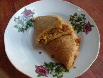 I'm a Peanut-and-corn pancake, hipsterly styled on grandma's rose plate