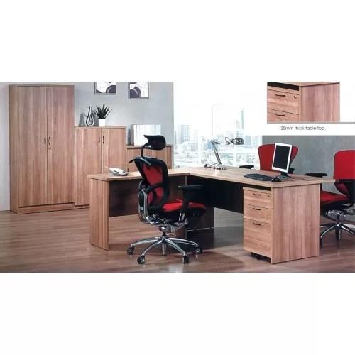 Manager / Director Desk Series 22