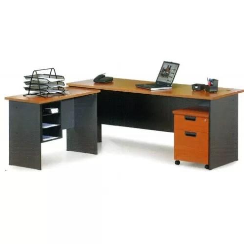 Manager / Director Desk Series 24