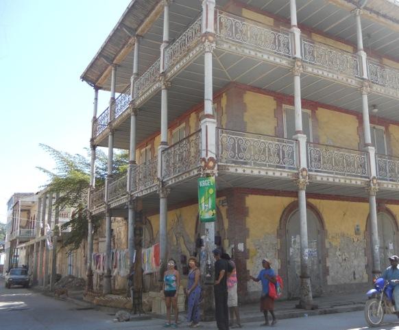 street with hotel Florinda
