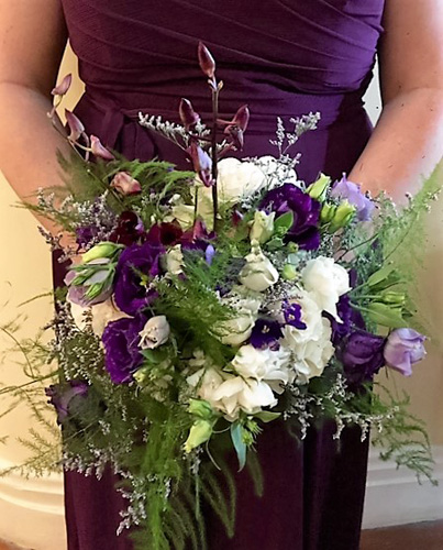 cassie-ken-at-larimore-house-plantation-florals-by-stems-florist-bridesmaid-bouquet-2