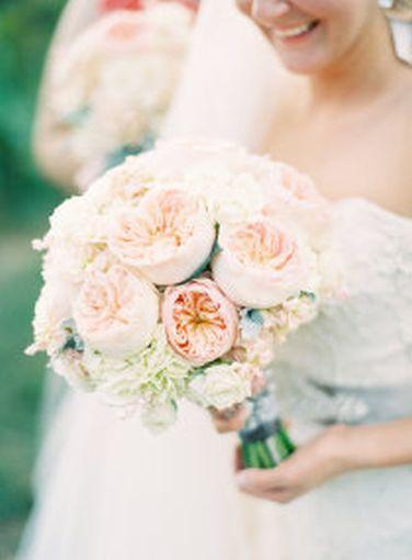 David_Austin_Juliet_wedding_