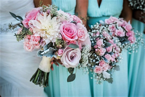 emily-maurice-by-little-bird-photography-florals-by-jenny-thomasson-aifd-stems-florist-bridal-bouquet-and-bouquets-close-up-2