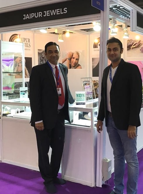 Stephan Cameo Collection by Jaipur Jewels at IIJS Mumbai, 2017