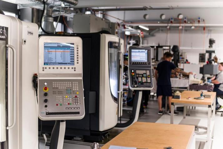 Neueste Maschinen für höchste Qualitätsansprüche
