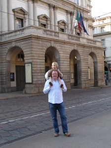 Stéphane and Alma outside La Scala