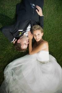Photo authentique de de mariage prise à l'Estérel dans les Laurentides par Stéphane Lemieux Photographe de Mariage Montréal