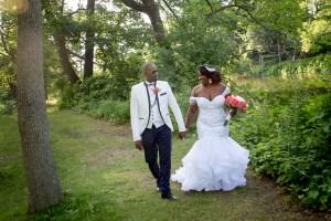 Une union remplie de tendresse dans le Vieux-Terrebonne par Stéphane Lemieux photographe mariage