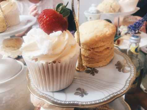 cakes at Great British cupcakery afternoon tea