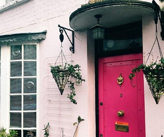 Notting Hill pink door