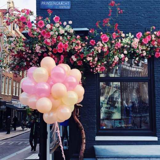Essentials for a luxury girls weekend in Amsterdam