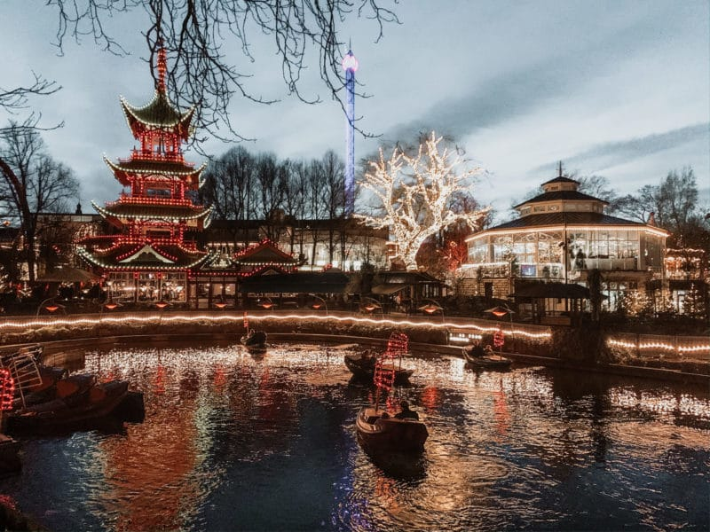 tivoli lake at christmas