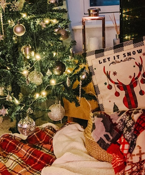 Blogmas: Christmas Home Decor That Won't Break The Bank