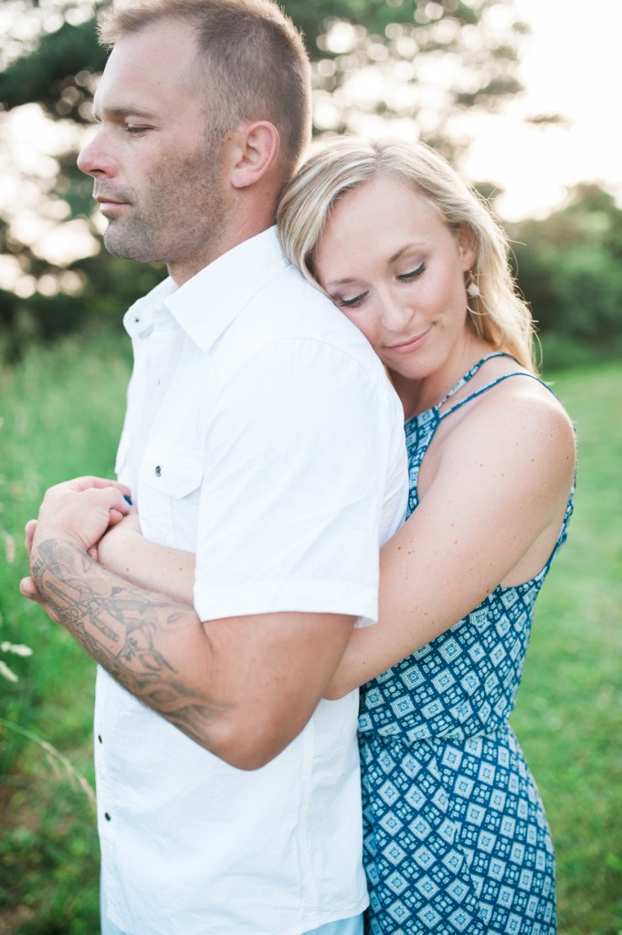 ©StephanieMariePhotography_Solon Engagement Summer 2016 Tattoos and Blonde hair-26