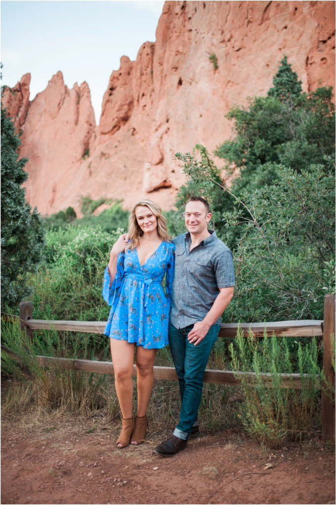 iowa-city-cedar-rapids-wedding-photographer-stephanie-marie-photography-garden-of-the-gods-engagement_0027