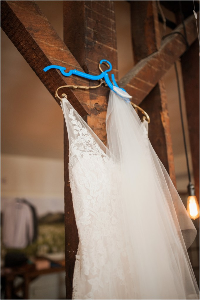 iowa-city-wedding-photographer-stephanie-marie-photography-little-lights-events-west-branch_0050