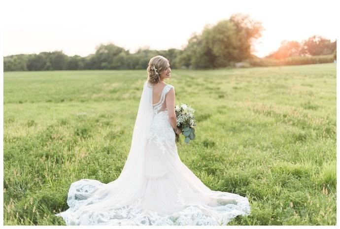 Stephanie Marie Photography Palmer House Stable Solon Iowa City Wedding Photographer_0040.jpg
