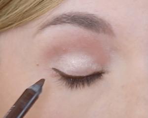 hooded eyes makeup ...
