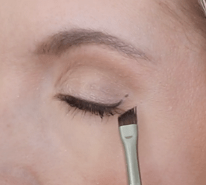 Winged liner for hooded eyes ...