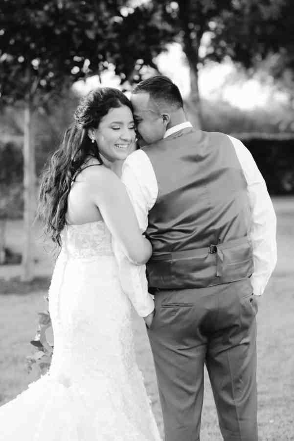 Black and white photo Thistlewood manor & gardens wedding