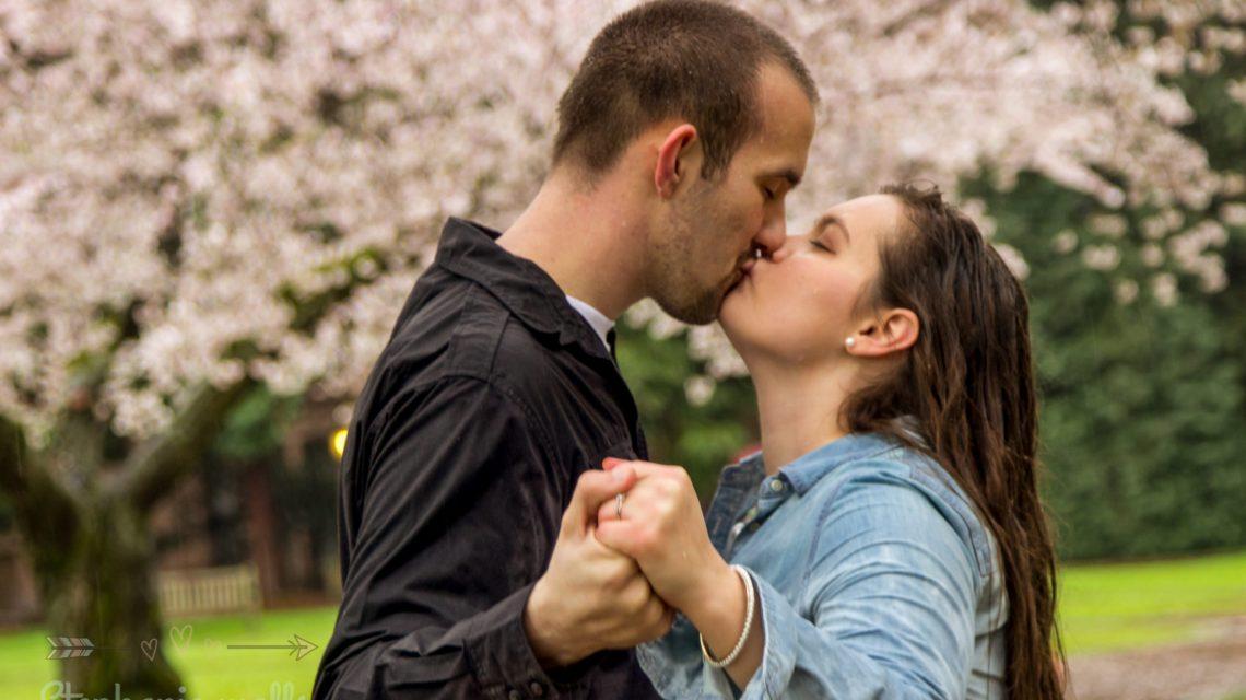 UW SEATTLE ENGAGEMENT   ANTOINETTE & STEPHEN   SEATTLE WEDDING PHOTOGRAPHER