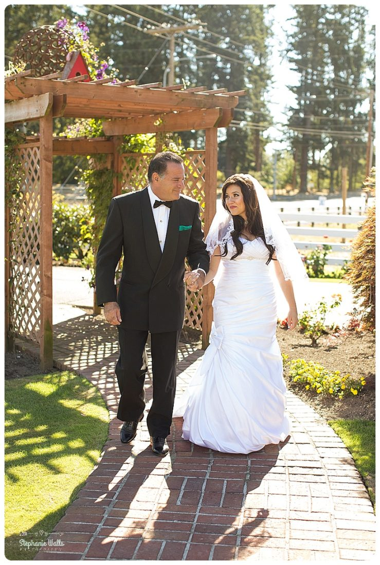 enumclaw private backyard wedding enumclaw wedding photographer