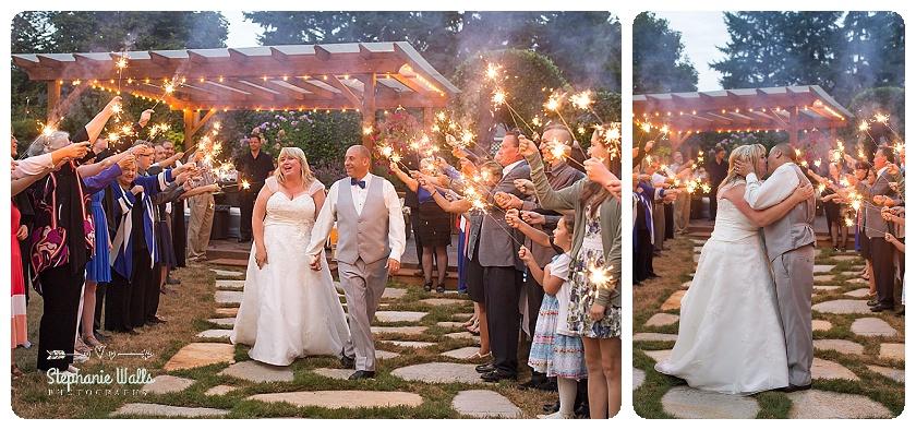 2015 12 29 0012 WEDDING WINE BACKYARD WEDDING   WOODINVILLE WEDDING PHOTOGRAPHER