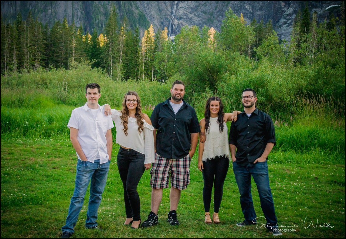 Goodman Family021 FOR THE LOVE OF BIGFOOT | GOODMAN FAMILY SESSION | BIG FOUR GRANITE FALLS