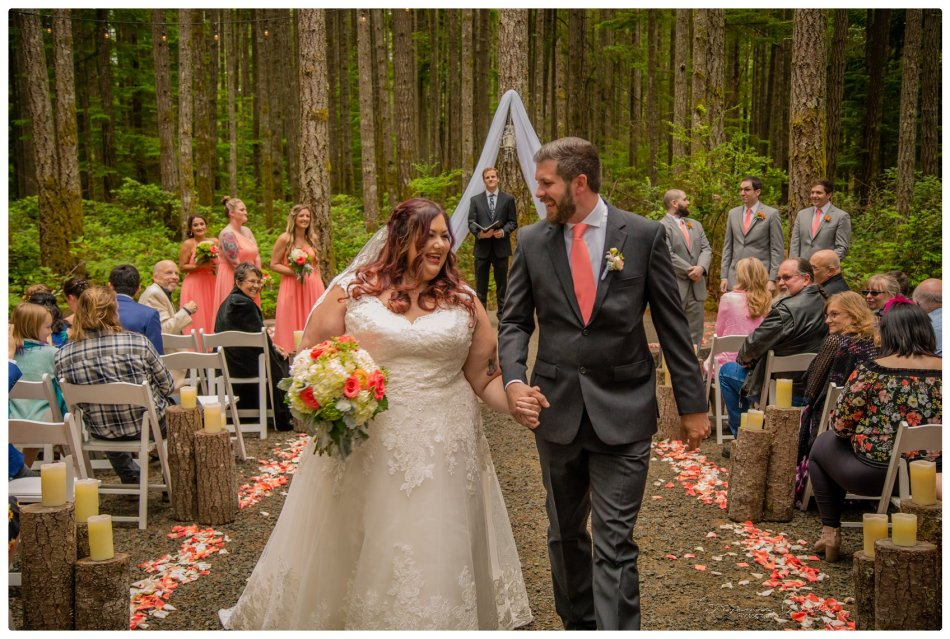 Ceremony 242 950x639 GOLD MOUNTAIN GOLF CLUB WEDDING | SNOHOMISH WEDDING PHOTOGRAPHER