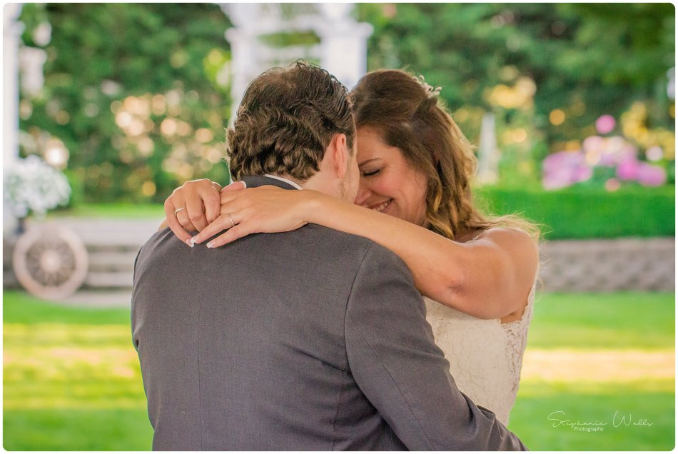 Stephanie Walls Photography 0173 950x636 Genesis Farms and Gardens Wedding of Kelli and Quintin