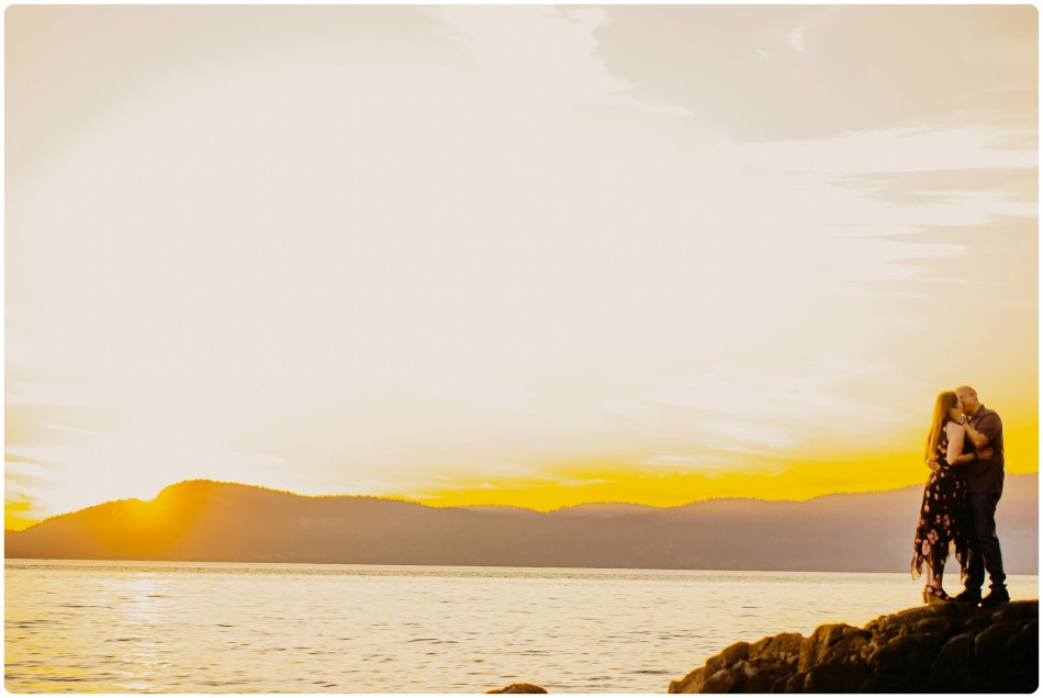 Stephanie Walls Photography 1142 950x636 Washington Park Anacortes Engagement with Richie and Kelsey