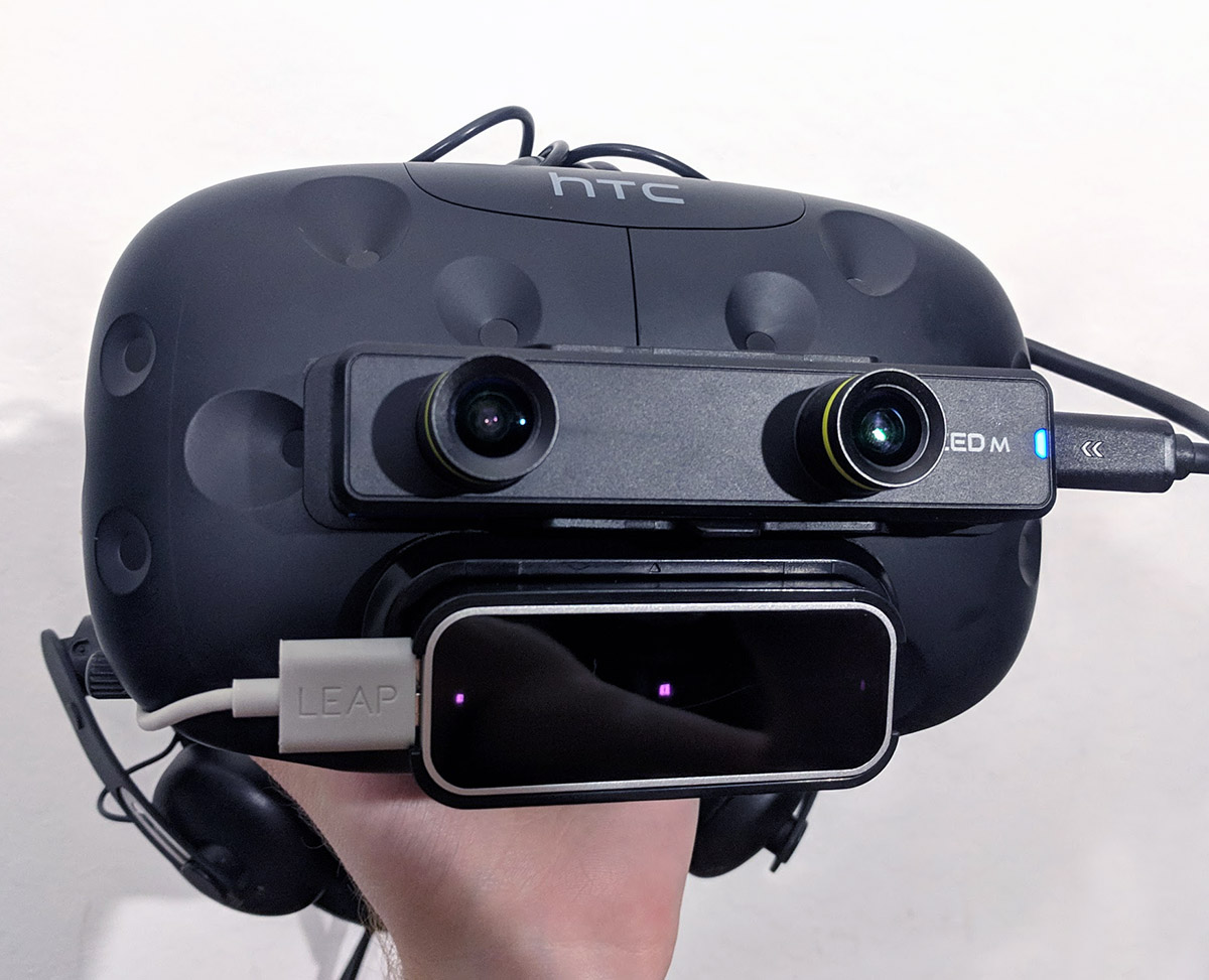 ZED Mini with Leap Motion added for hand tracking
