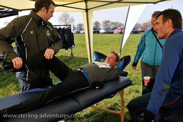 Complimentary physiotherapy for Dave's knee