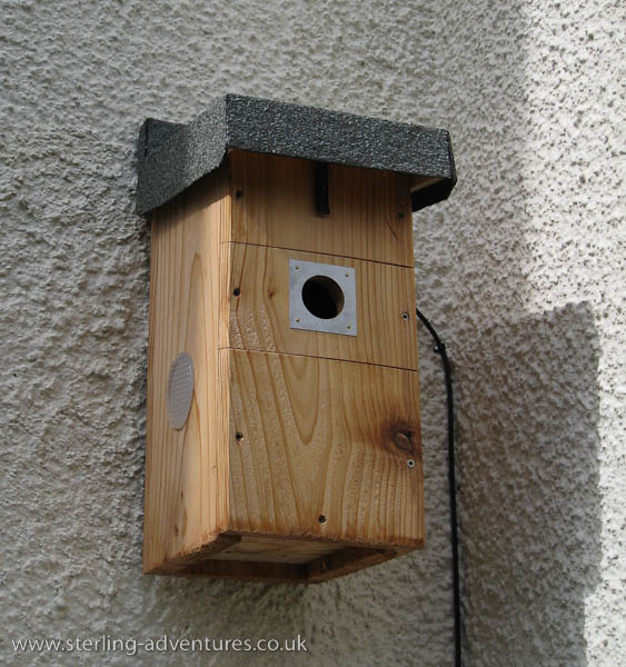 Bird Nesting Box with Hi-Res Video Camera