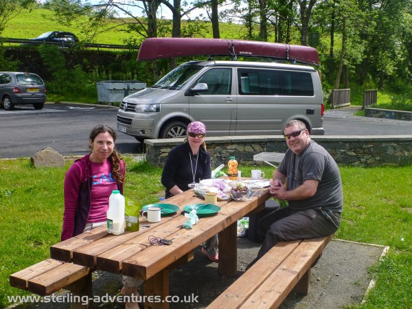 An awesome pic-nic to end the trip!  :yum:  :yum: