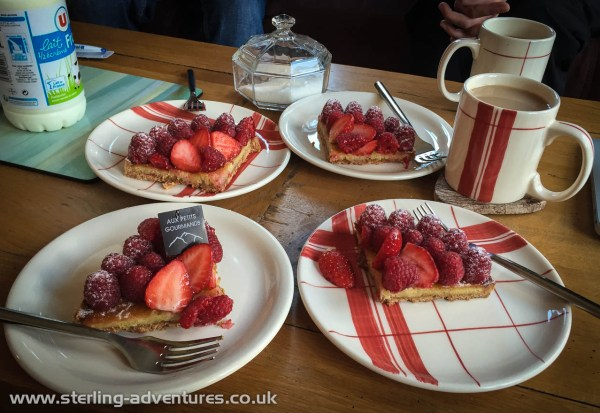 Nick bought us all a yummy raspberry tart to enjoy before we headed off for the UK, leaving Saskia and Nick to continue enjoying the sunshine in Chamonix...
