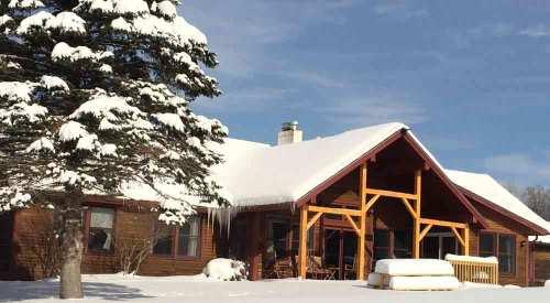Mansfield House winter | Sterling Ridge Resort