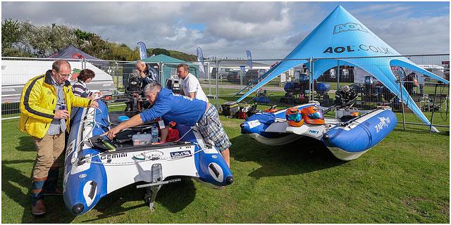 Portsmouth Zapcat Powerboat Team Preparing Boat For Racing