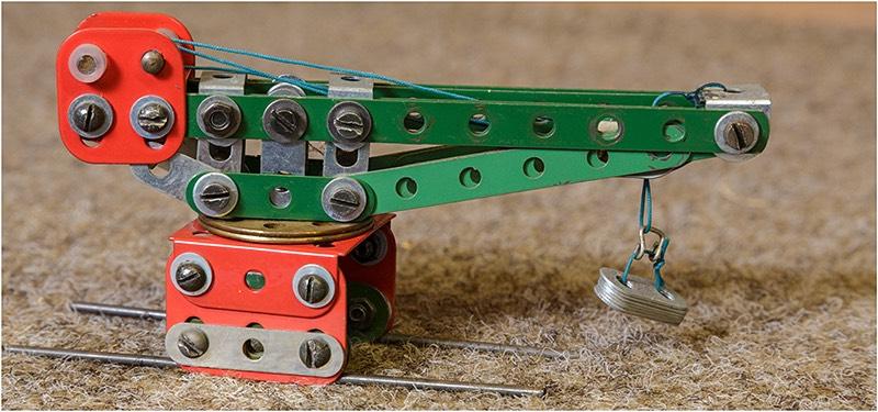 Small scale Meccano model crane