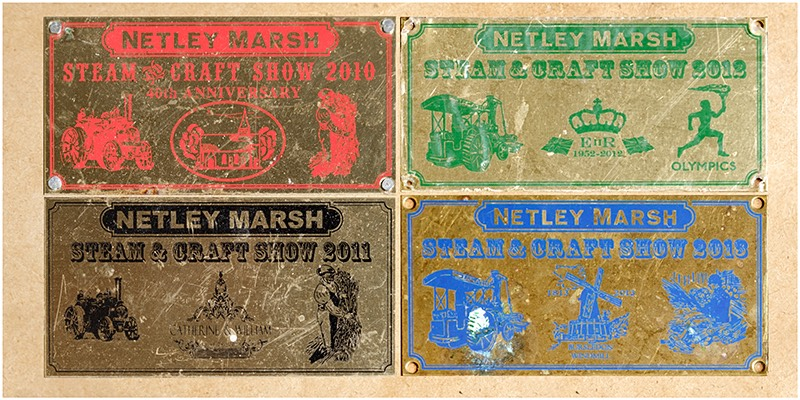 Metal craft show badges