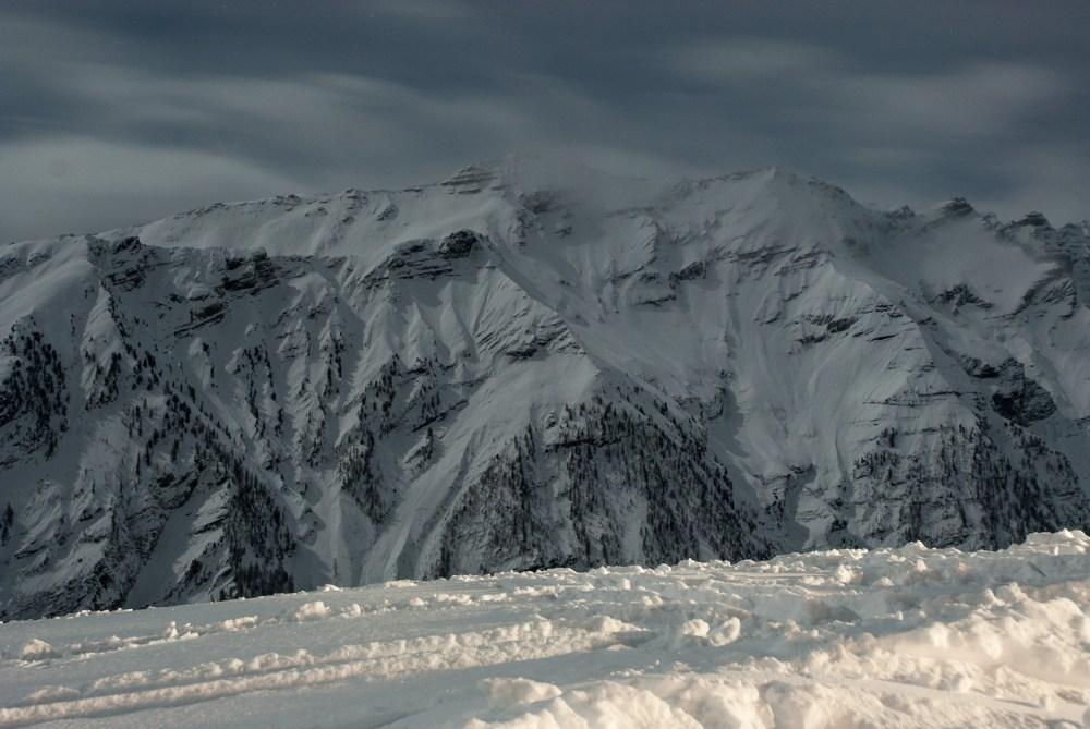 hautes alpes station ski