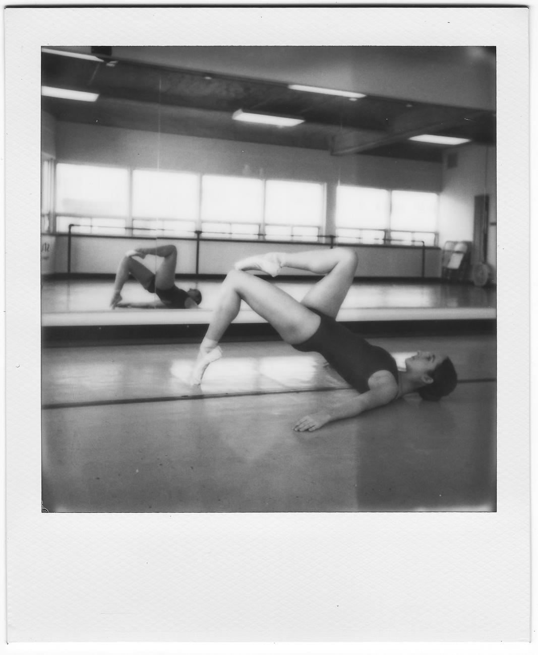 polaroid one step plus ballet dancer montreal