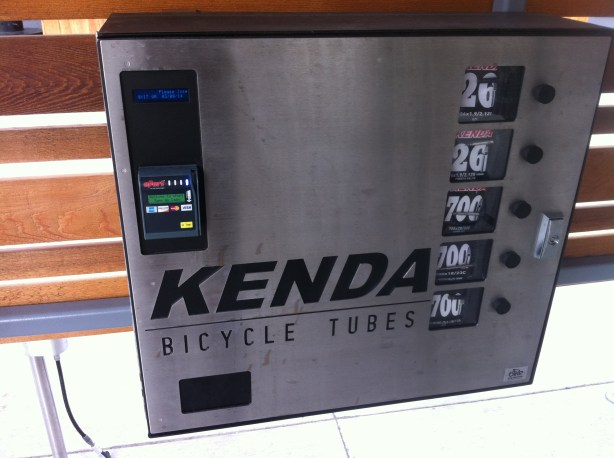 Kenda tube vending machine