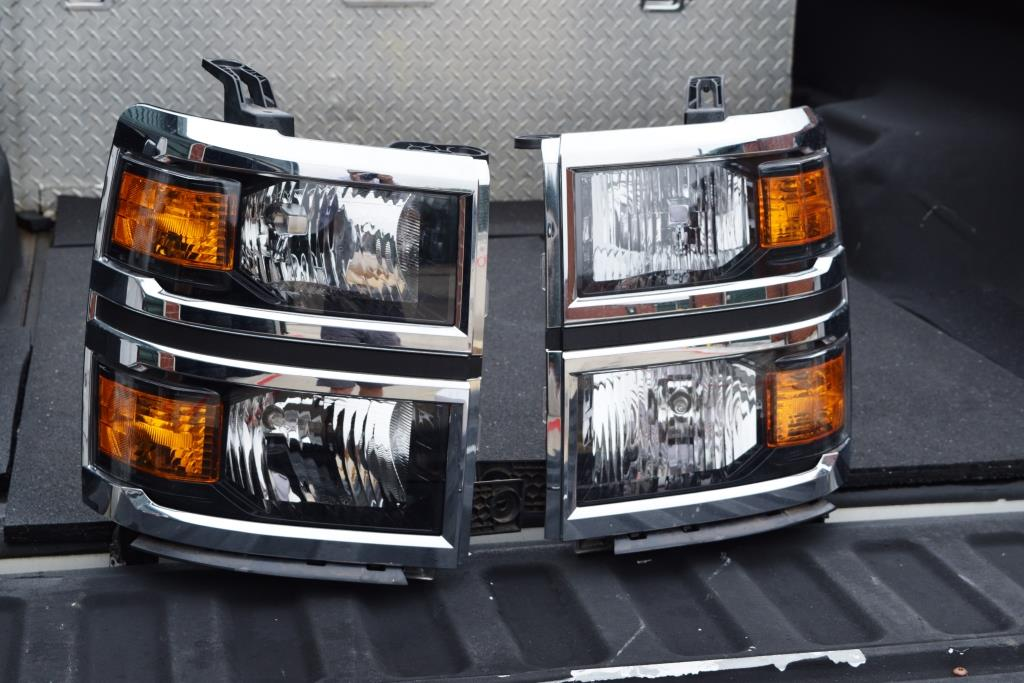 Chevy Silverado Headlights OEM Factory For Sale