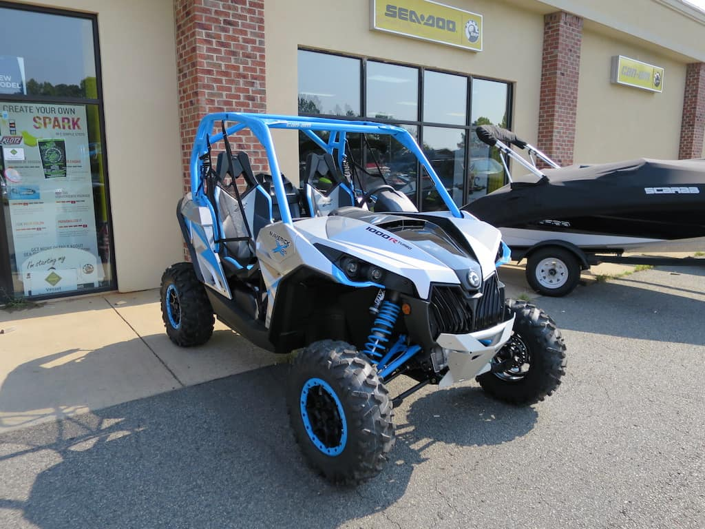 2016 Can AM Maverick xDS Turbo Review - Steven in Sales