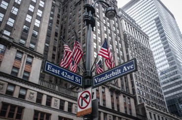 Corner of East 42nd Street & Vanderbilt Avenue