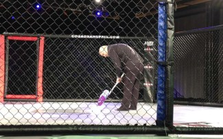 A little pre-fight cage cleaning