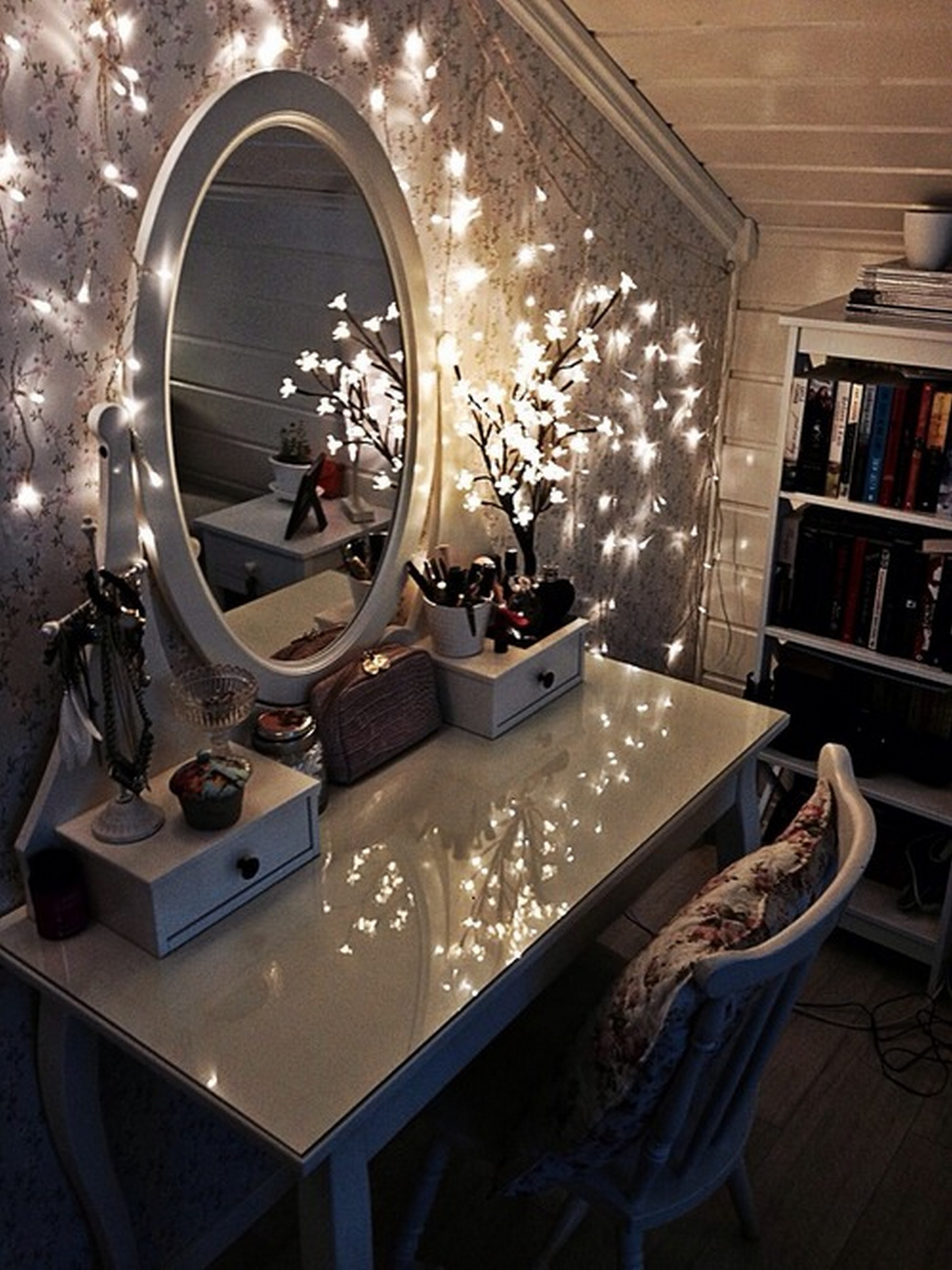 General bedroom lighting ideas and tips - Interior Design ... on Mirrors For Teenage Bedroom  id=73669