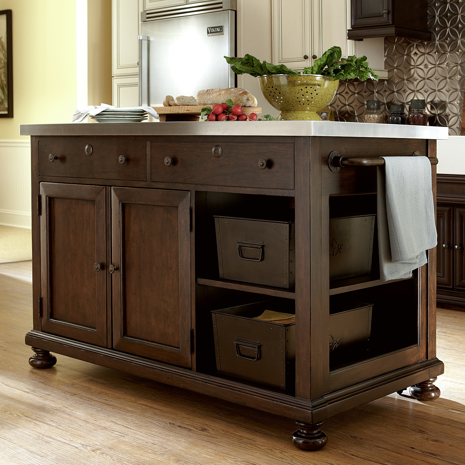 15 Amazing Movable Kitchen Island Designs And Ideas