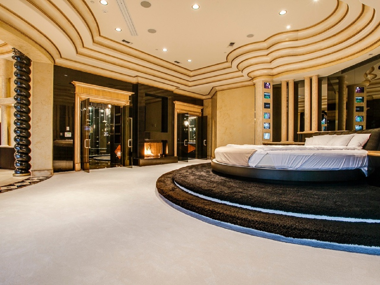 15 Luxurious Master Bedrooms With Round Beds - Interior ... on Luxury Master Bedroom  id=94611